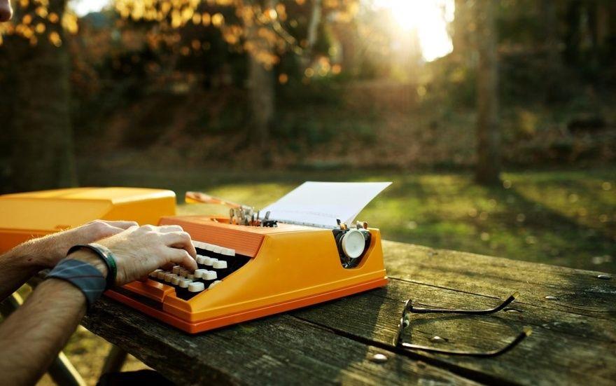 В Петербурге известные писатели дадут мастер-классы для молодых авторов
