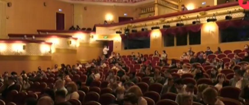 Богомолов представил правила театра на Малой Бронной