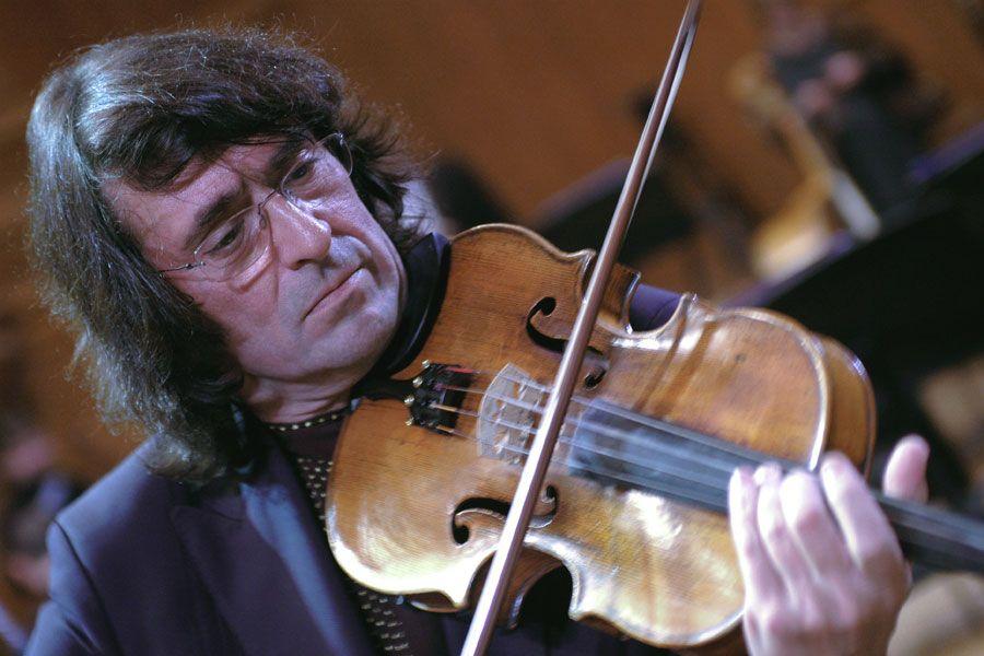 Башмет распределил первые гранты для российских музыкантов в пандемию