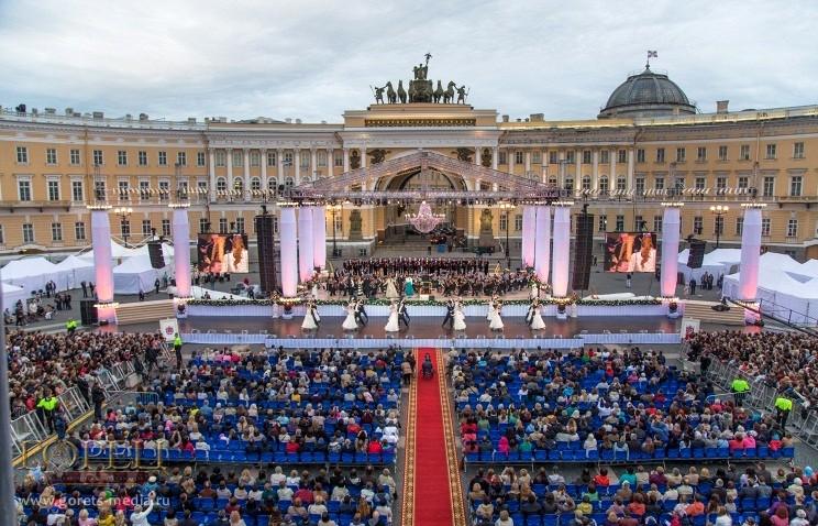 Названы хедлайнеры концерта «Классика наДворцовой» вПетербурге