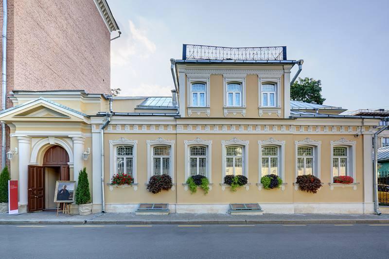 ВМузее Василия Тропинина открылась выставка «Старинные выставки»