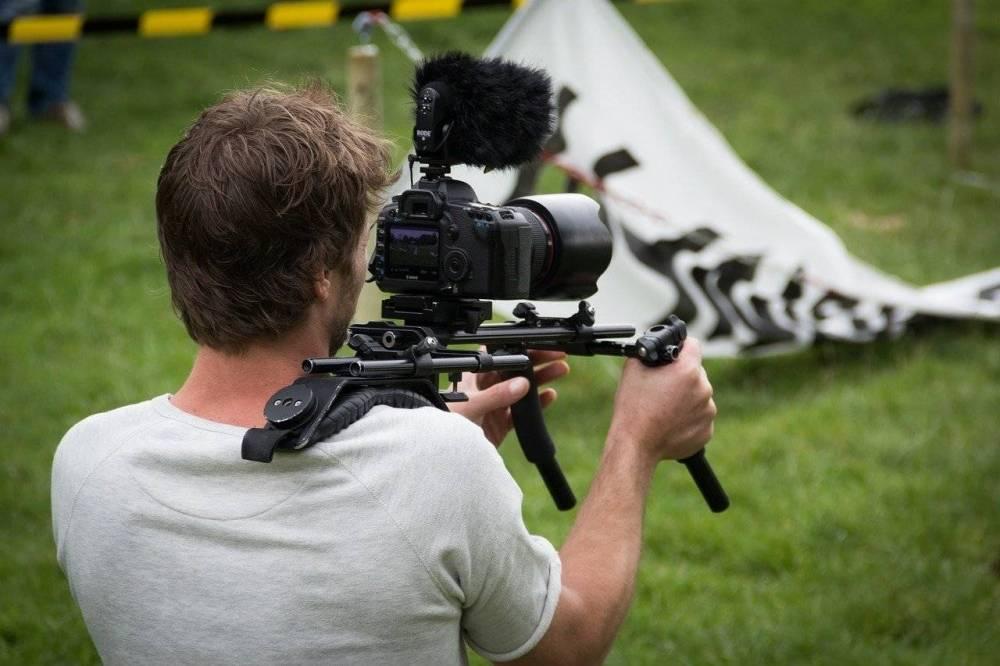 Райан Джонсон сообщил о завершении съемок «Достать ножи 2»