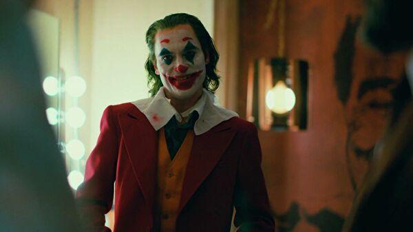 «Джокер» вошел в десятку лучших фильмов по версии IMDb