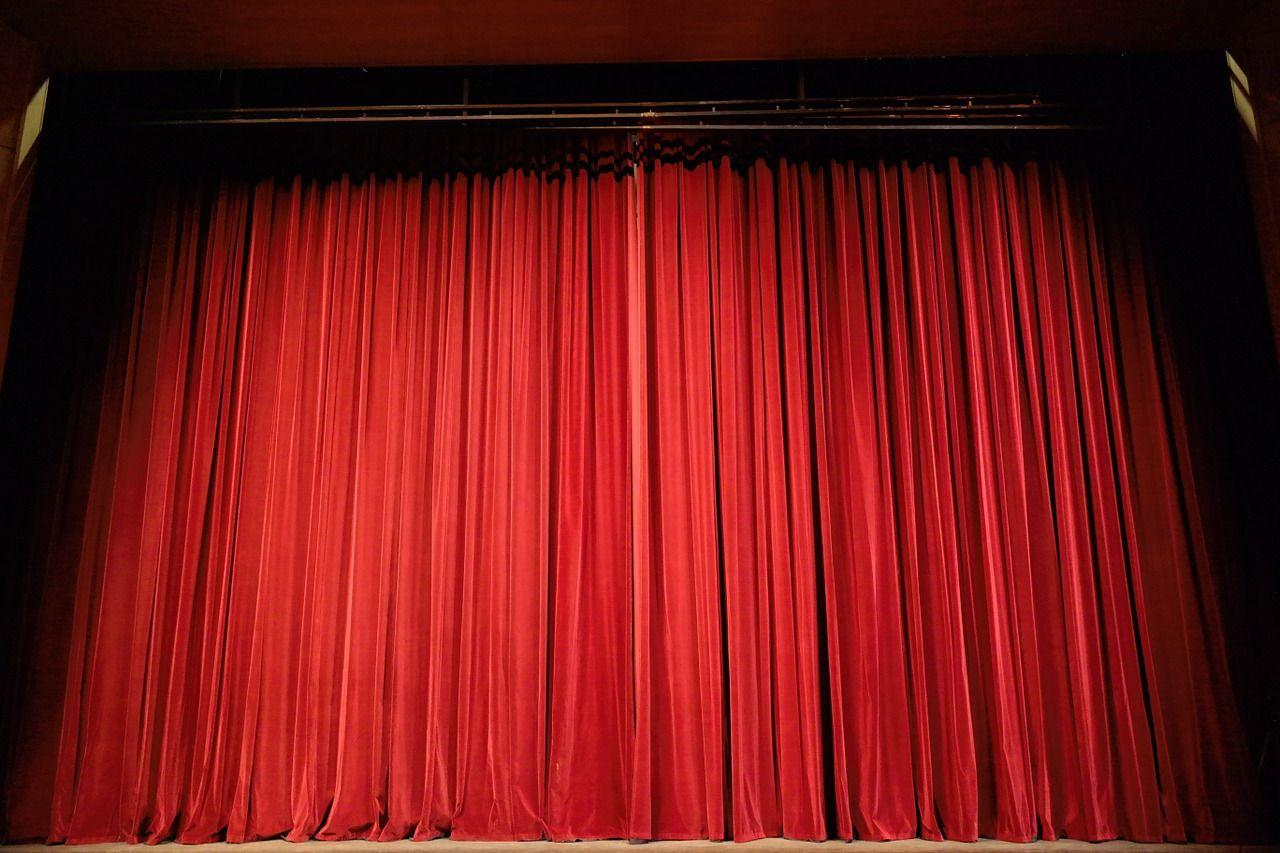 Губернский театр под руководством Безрукова представит премьеру спектакля Табакова