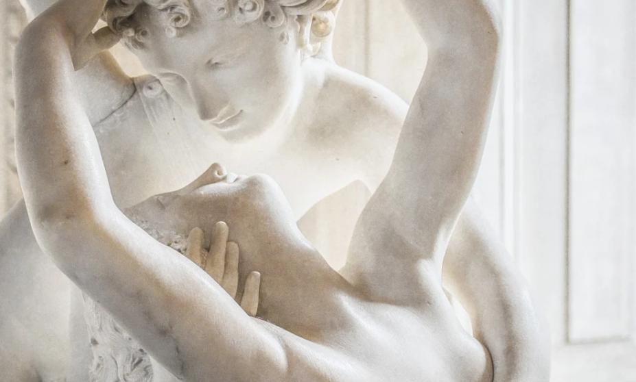 «Маразм»: Жириновский отреагировал на голые скульптуре в музее