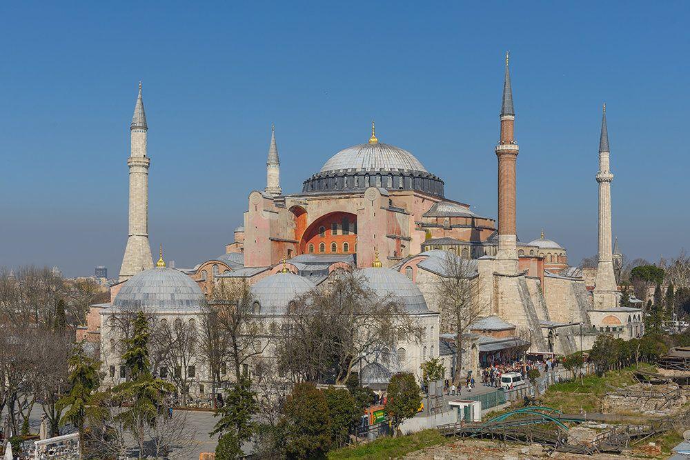 Глава Элладской церкви считает, что турки не посмеют превратить собор Св. Софии в мечеть