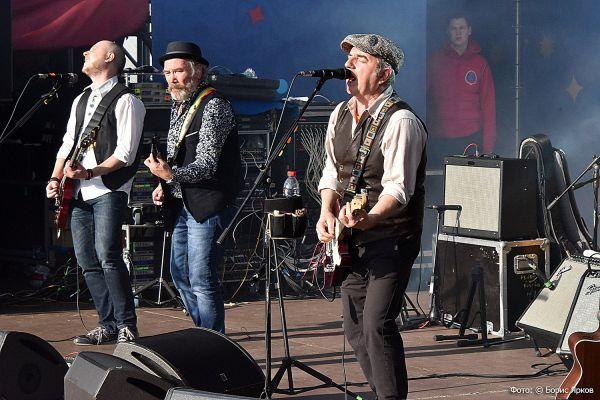 «Чайф» и «Ва-Банкъ» выступят на последнем «Старом новом роке» в Екатеринбурге