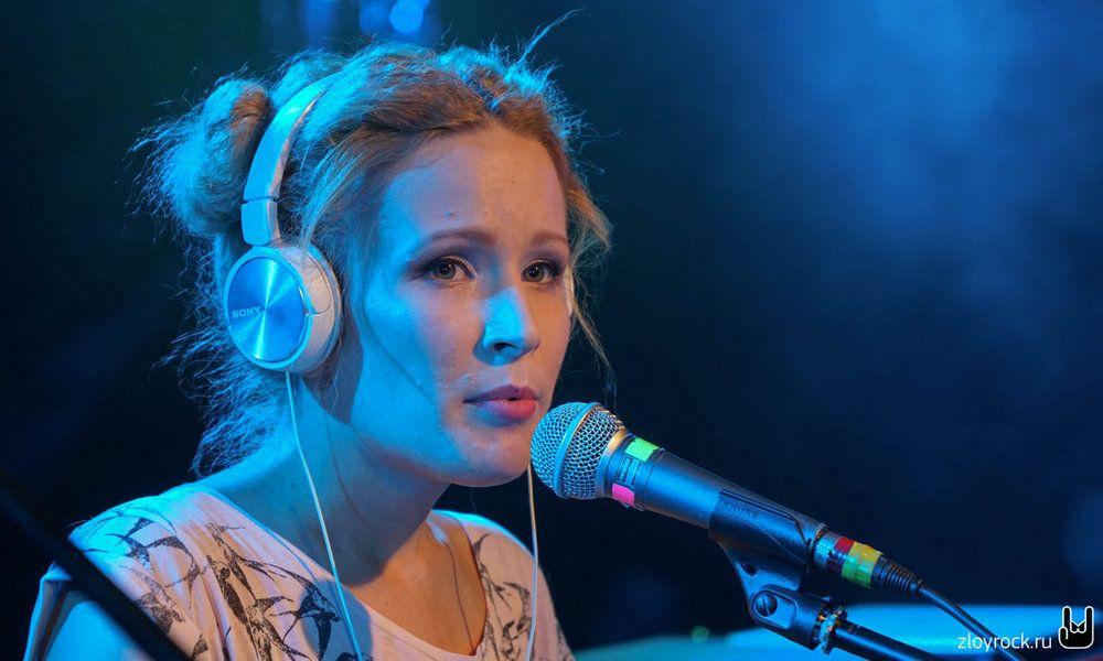 Музыкальные критики низко оценили голос Монеточки