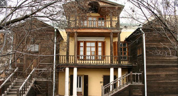 Путин поздравил музей-усадьбу Чернышевского со 100-летием